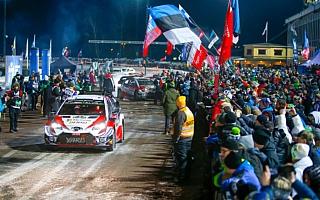 WRCスウェーデン:夜のスーパーSSで開幕、ヤリスWRCは全車がトップ10圏内に