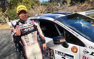 全日本ラリー新城:初日、奴田原に1.7秒の僅差をつけて勝田がトップ