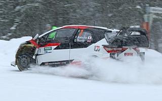 勝田貴元がヤリスWRCで初参戦。雪嵐の中を僅差で優勝