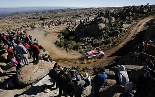 WRCアルゼンチン:ヒュンダイ1-2フィニッシュ、ヌービルは連勝