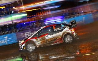 WRCアルゼンチン:市街地スーパーSSでラリーが開幕、タナックがベストタイムで首位に立つ