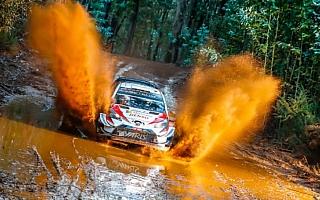 WRCチリ:タナックが初日首位、2位に22.4秒差を築く。ラトバラは総合3位、ミークは総合5位