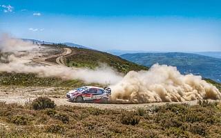 WRCポルトガル:トラブルを乗り越えタナックが首位堅持、好調ミークは総合2位に浮上