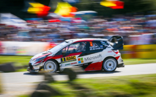 WRCドイツ:タナックが首位の座を堅持。ミーク、ラトバラと続きヤリスWRCが1-2-3位を独占