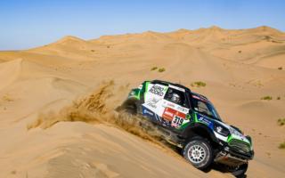 サウジアラビアで2020年のダカールが開幕、初日トップはMINIのザーラ