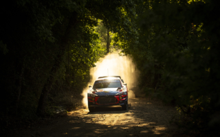 WRCトルコ:オィット・タナックがSS3でコースオフ、タイトル防衛に黄信号