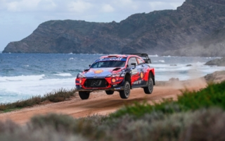 【速報】WRCイタリア:ヒュンダイのソルドが自身3勝目を獲得。激戦の2位争いは1秒差でヌービルに軍配