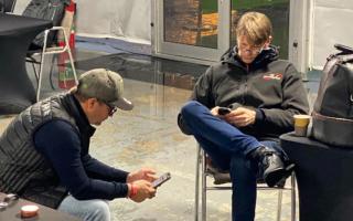 元WRCチャンピオンのふたり、モンツァで「息子のタイムチェック」にドキドキ