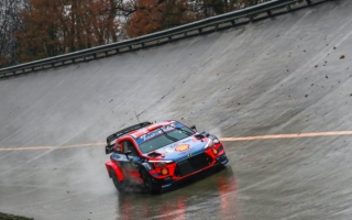 WRCモンツァ:競技2日目を終えてソルドがトップ。再出走の勝田はSS6で二番時計
