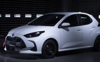 TRD、新型 YARIS Cup Car を発売