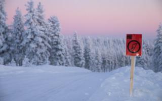 WRCアークティックがルートを公開、冬用サバイバルキットの車載義務づけ