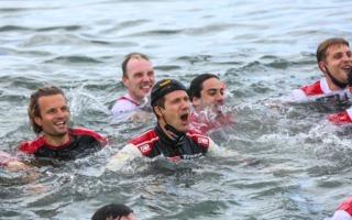 WRCサルディニア:豊田章男社長「やっと海で泳ぐことができますね! おめでとう!」コメント全文