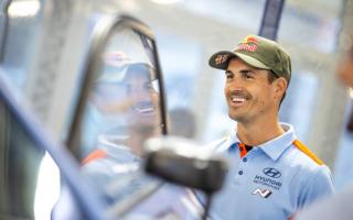WRCギリシャ:ソルド「雨が止んでも路面はあまり乾かないのでは」イベント前記者会見