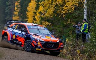WRCフィンランド:シェイクダウンはヒュンダイのタナックがトップ。ブリーンが2番手で続く